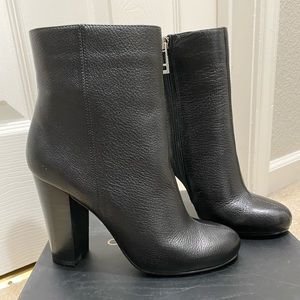 Charles David leather boots size 7 - brand new